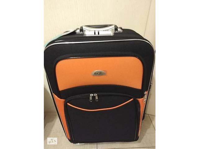 купить бу Дорожный чемодан Bonro style 5 колес Толстая нейлоновая ткань Польша в Днепре (Днепропетровск)