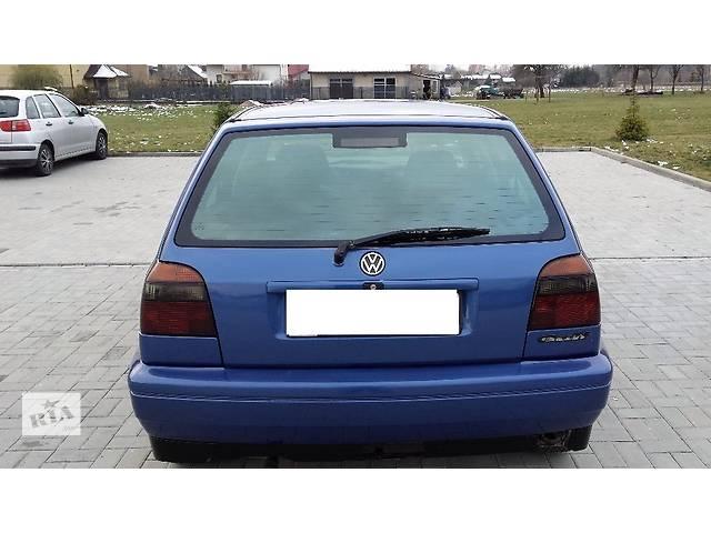 купить бу Бампер задний для хэтчбека Volkswagen Golf III в Львове