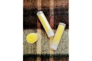 Медовий бальзам для губ з лавандовим маслом і вітаміном Е