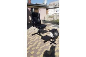 Педикюрне крісло з витяжкою