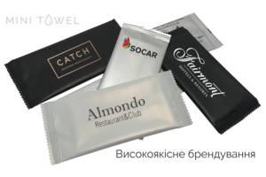 Вологі серветки саше преміум якості в індивідуальній упаковці.
