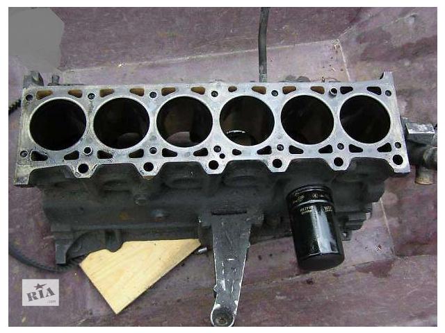 купить бу Блок двигателя для легкового авто BMW 5 Series (все) e28 e34 в Киеве