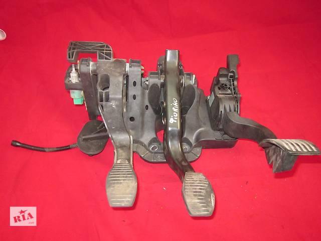 купить бу Блок педалей сцепление тормоз газ реостат газа потенциометр Fiat Fiorino 2008-2016  в Ковеле