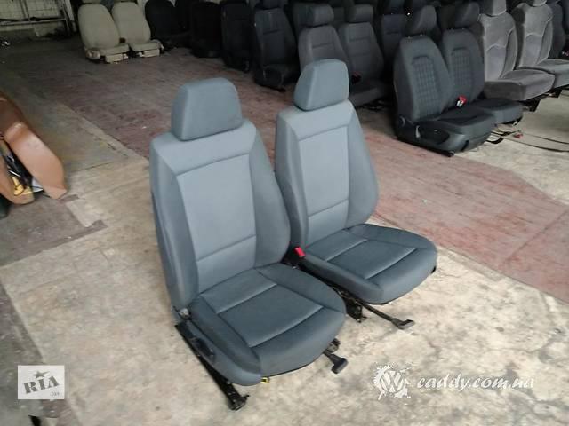 купить бу BMW1 - передние сиденья в Киеве
