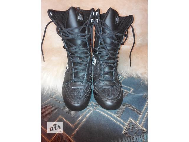 продам ботинки женские  бу в Днепре (Днепропетровск)