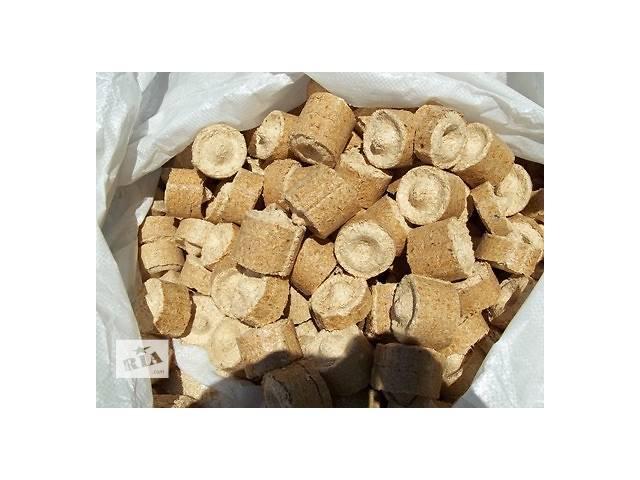 купить бу Брикет топливный ДУБ в мешках 40 кг в Львове