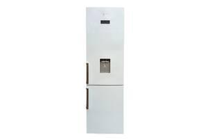 Холодильник в состоянии нового с диспенсером и защитой от перенапряжения