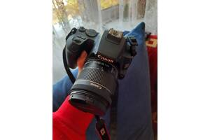 Продам фотоапарат Canon 250D