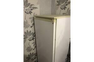 Продам Холодильник Донбас б/у