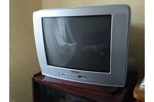 """Продам Телевизор цветной RAINFORD TV-5563 TC c пультом, 21"""" (55см) - хороший"""