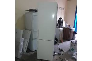 Продаж холодильника LIEBHERR