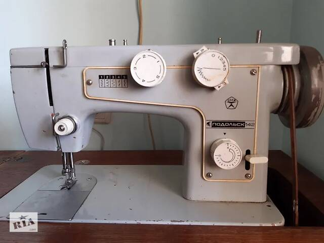 бу Швейна машина в Запоріжжі