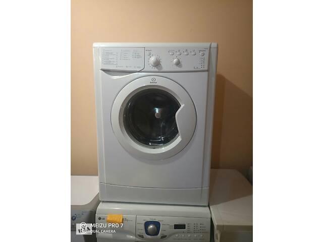 Стиральная машинка Indesit 5 кг.- объявление о продаже  в Киеве