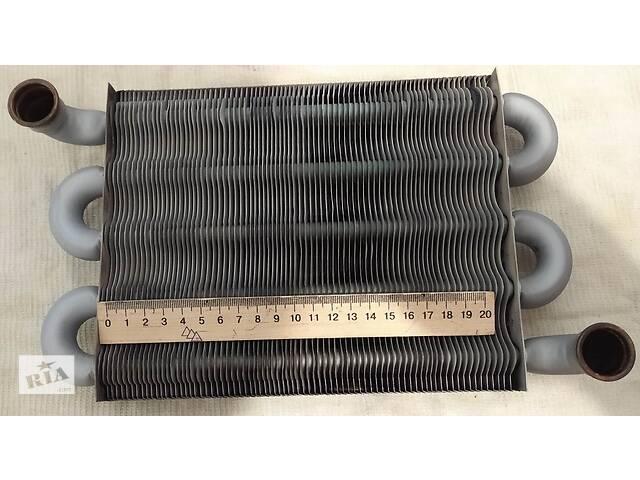 продам Теплообмінник первинний Ariston 24 FF (65106297) бу в Виннице