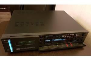 Японская кассетная дека Akai GX-F91
