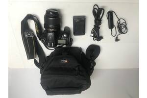 Зеркальная камера Nikon d90 kit 18-55 хороший комплект