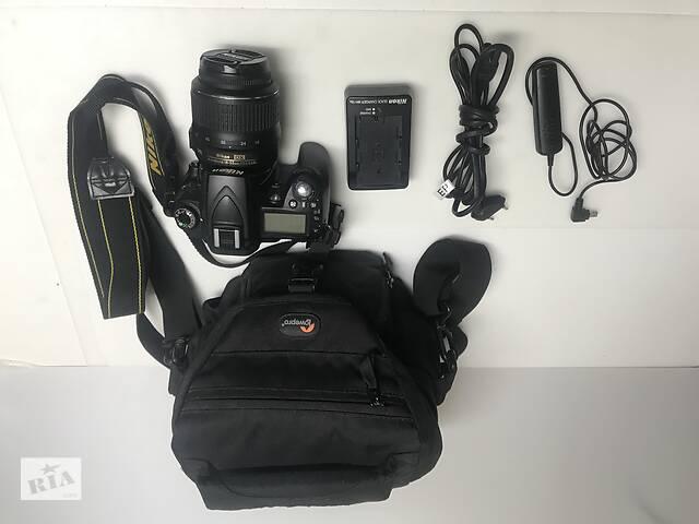 купить бу Зеркальная камера Nikon d90 kit 18-55 хороший комплект в Києві