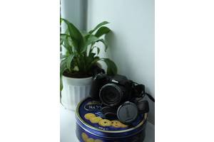 б/в Цифрові фотоапарати Nikon