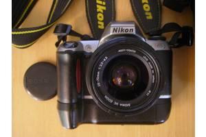 б/в Плівкові фотоапарати Nikon