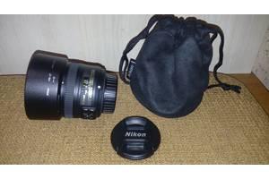 б/в Стандартні об'єктиви Nikon D5100