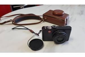 б/в Цифрові фотоапарати Leica