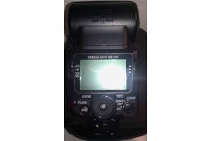 б/в Зовнішні фотоспалахи Nikon
