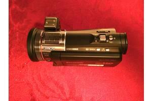 Професійні відеокамери Panasonic