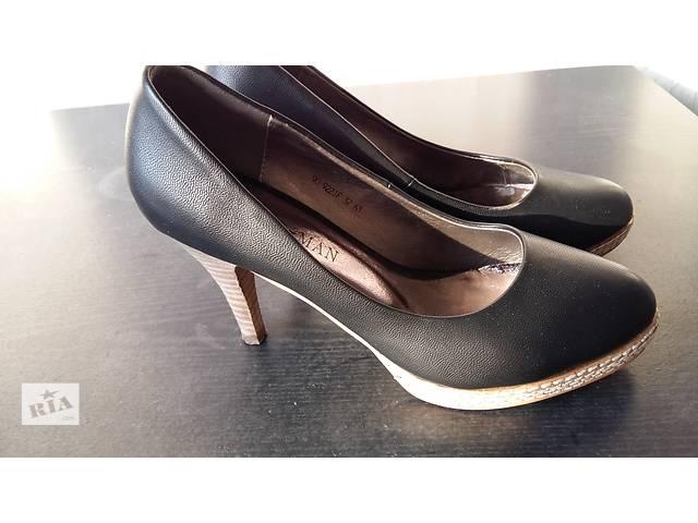 Черные туфли- объявление о продаже  в Киеве