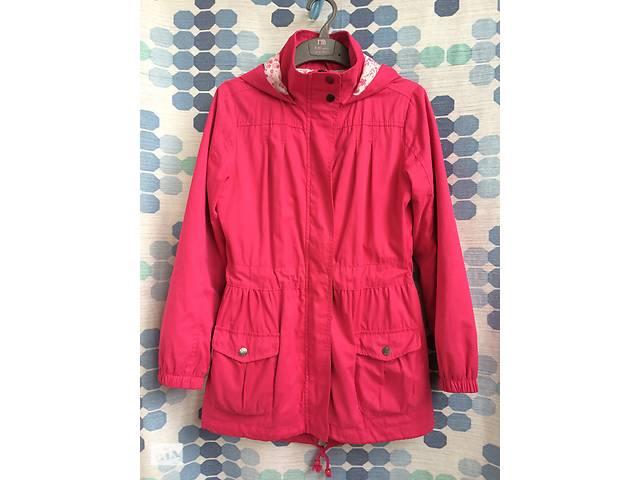 Продаю демисезонную куртку  O'STIN для девочки 10-11 лет. Рост 146 см.