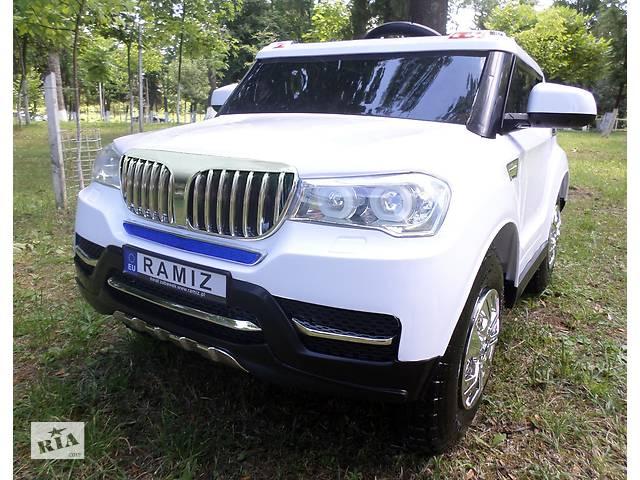 продам Детский электромобиль BMW S8088: надувные колеса, кож.сидение, 4 мотора и 2 аккум-ра бу в Львове
