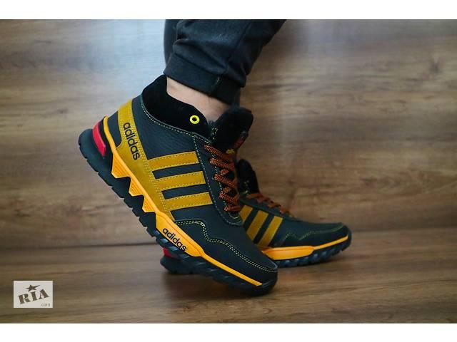 f65b89be92f12a продам Підліткові зимові кросівки Adidas Чорний\Жовтий 10454 бу в Києві
