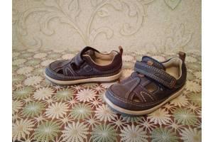 б/у Детские туфли для мальчиков Clarks