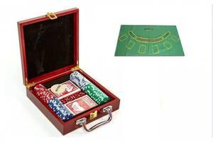 Набор для покера 100 фишек с номиналом и сукном в деревянном кейсе Kronos Toys Poker Game Set (spr_11068)