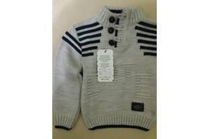 Продам новый теплый детский свитер на 2-3 годика рост 92-98см.