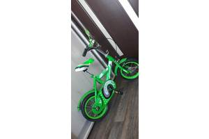 Велосипед 2 х колесный до 4 х лет