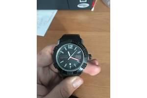 б/в чоловічі наручні годинники Tommy Hilfiger