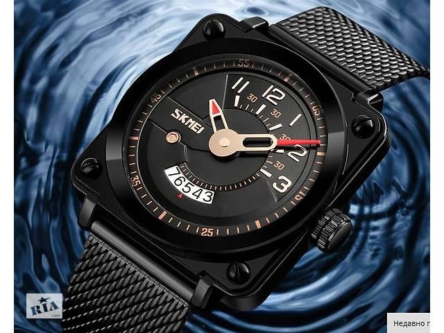 Мужские наручные часы SKMEI черные