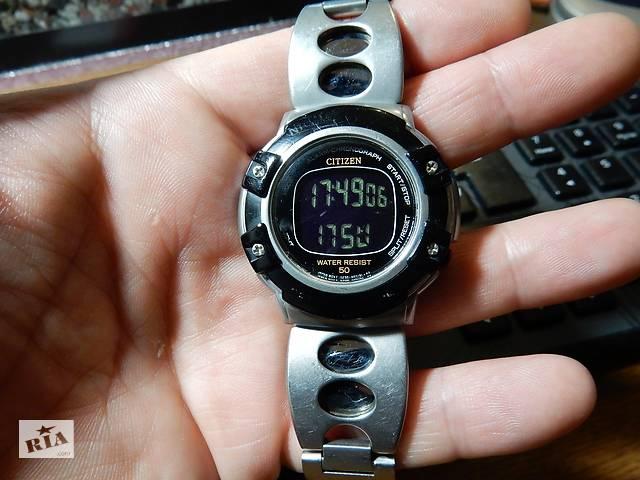 купить бу Дуже рідкісні годинники Citizen Mens' Digital Sport Watch D298-S63553 KA в Києві