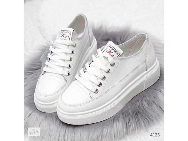 продам Белые кожаные женские кеды 38,41р бу в Ровно