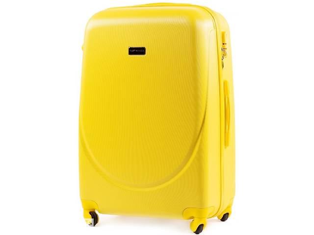 продам Большой чемодан из пластика  Wings желтый на 86л бу в Киеве