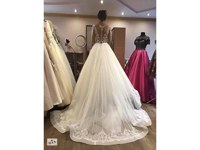 бу Ідеальна весільна сукня для тендітної нареченої в ідеальному стані в Мукачево