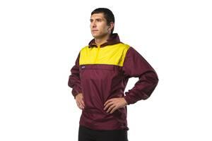 Куртка вітрозахисна Fram-Equipment Anorak M Бордовий-жовтий (11020804)