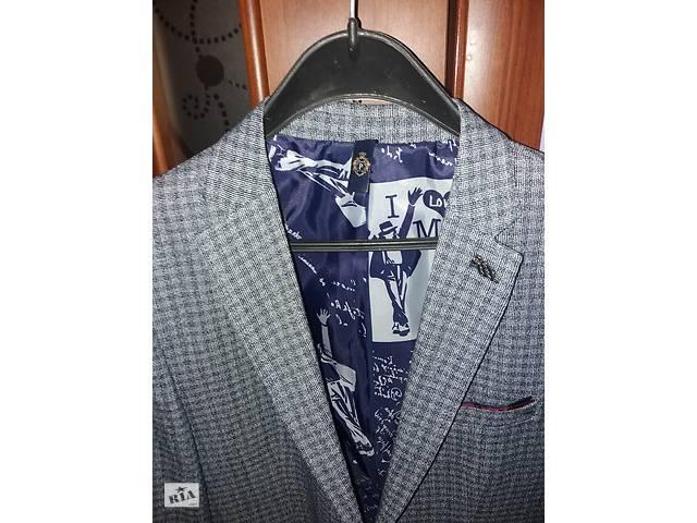Новый стильный пиджак- объявление о продаже  в Ужгороде