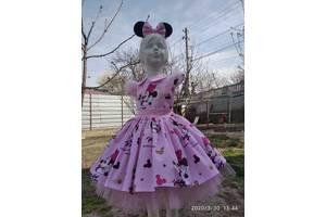 Платье красивое,праздничное для девочки от роста 86 до 134-140