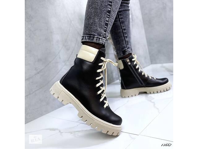 продам Стильные кожаные женские ботинки деми, ботинки на бежевой подошве 37,39,40р бу в Ровно
