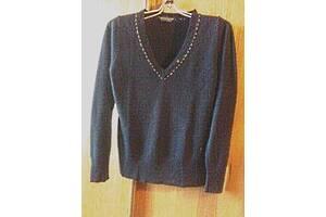 Тонкий мягенький приятный к телу пуловер джемпер от Dorothy Perkins.