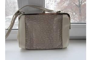 Женская белая сумочка (клатч)