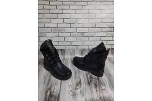Женские кожаные ботинки 00642