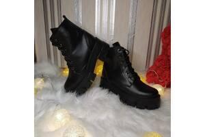 Жіночі шкіряні черевики 00660
