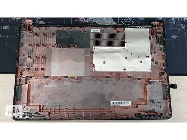 продам Б/У Нижняя часть корпуса корыто поддон для ноутбука Asus X502C X502CA с дефектом бу в Торчине